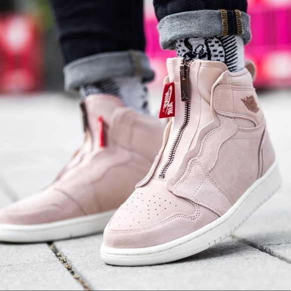 hot sales 37d75 21590 WOMENS NIKE AIR JORDAN 1 HIGH ZIP PARTICLE BEIGE